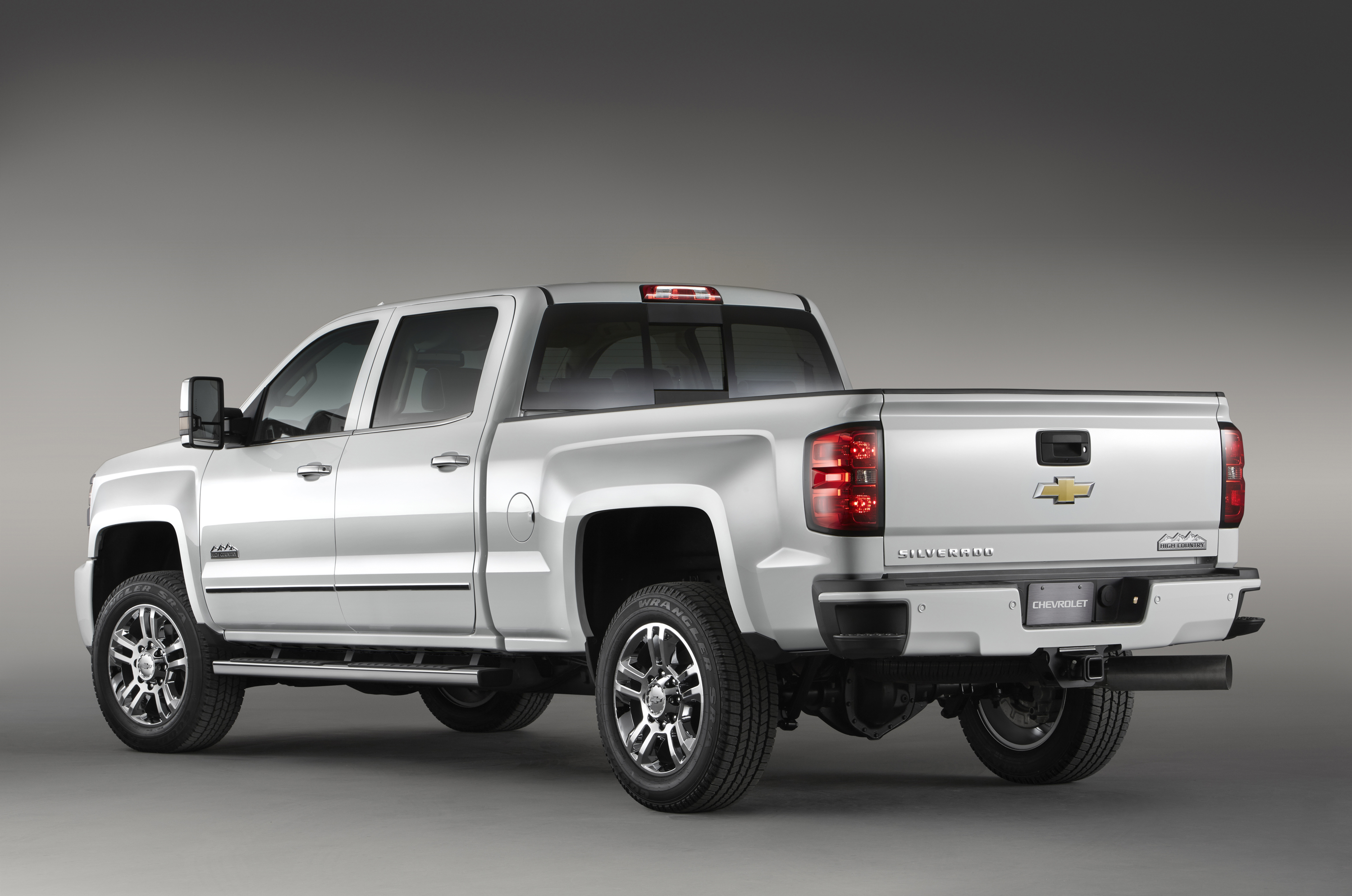 Chevy High Country 2500 >> Gm Corporate Newsroom United States Images
