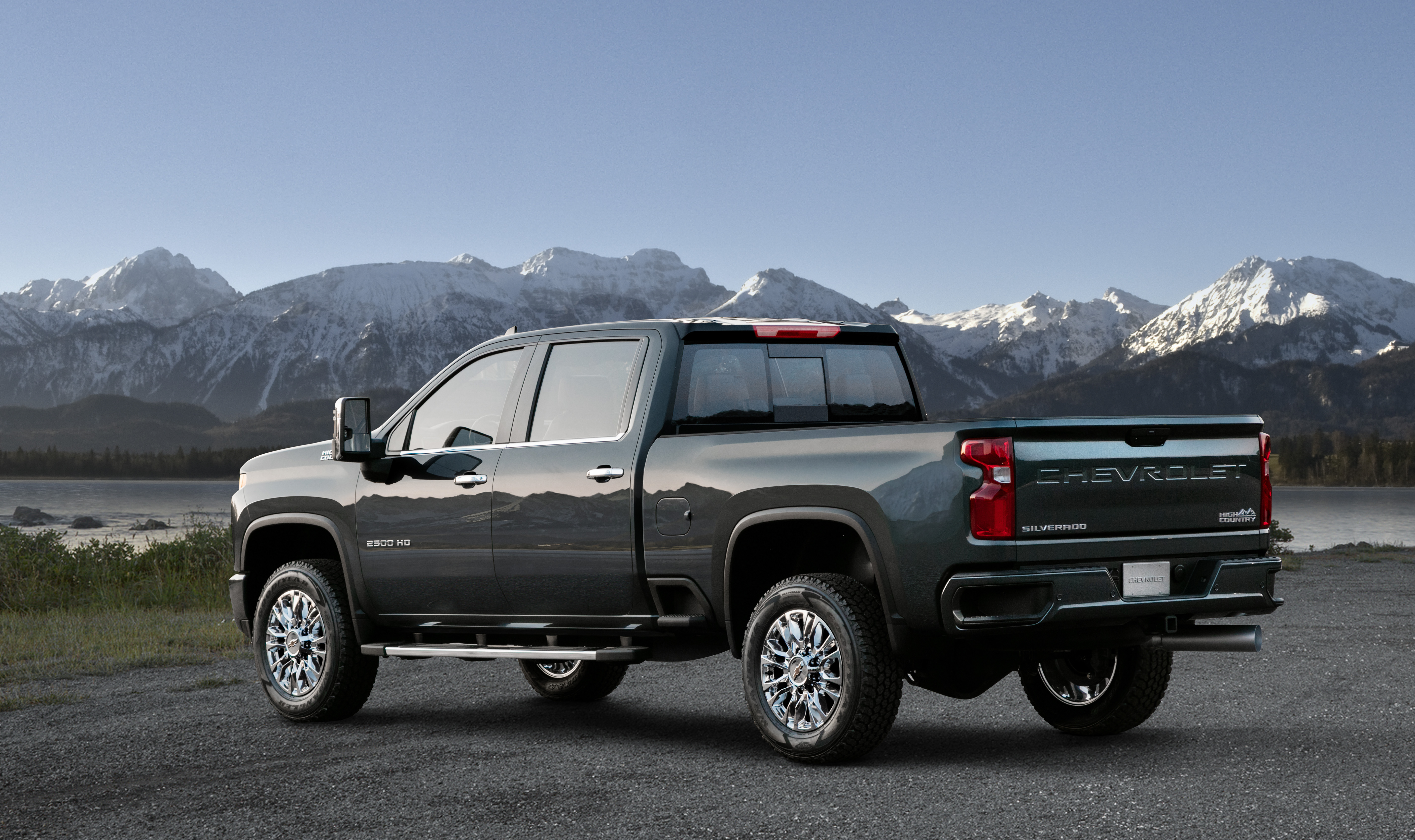 Chevy High Country 2500 >> Chevrolet Reveals 2020 Silverado Hd High Country Second Of